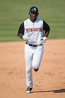 Kannapolis designated hitter Chris Carter (33) rounds the bases following his 22nd home run of the season during first inning action versus Columbus at Fieldcrest Cannon Stadium in Kannapolis, NC, Sunday, July 22, 2007.