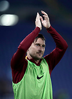 Calcio, Serie A: Roma, stadio Olimpico, 1 aprile, 2017.<br /> Roma's Francesco Totti claps his hands as he warms up during the Italian Serie A football match between Roma and Empoli at Olimpico stadium, April 1, 2017<br /> UPDATE IMAGES PRESS/Isabella Bonotto