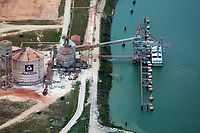 aerial photograph of chemical pressure digester tanks at the Alcoa Point Comfort Texas alumina refinery