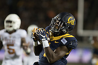 BERKELEY, CA - September 17, 2016: Cal's (1) Melquise Stovall catches the ball to score a touchdown in the second quarter. Cal played Texas at Cal Memorial Stadium.