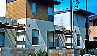 Studio E: Escondido Emerald Garden Townhomes. Low-cost housing, 2001. (Photo '04)