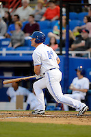 Dunedin Blue Jays first baseman Kevin Patterson #41 during a game against the Clearwater Threshers at Florida Auto Exchange Stadium on April 4, 2013 in Dunedin, Florida.  Dunedin defeated Clearwater 4-2.  (Mike Janes/Four Seam Images)