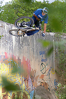 Chris Smith ..Ashams Quarry , near Frome, Somerset .   May 2007..pic copyright Steve Behr / Stockfile