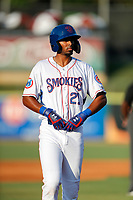 Tennessee Smokies designated hitter Brennen Davis (21) on base against the Mississippi Braves at Smokies Stadium on July 15, 2021, in Kodak, Tennessee. (Danny Parker/Four Seam Images)