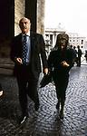 SEAN CONNERY CON LA MOGLIE MICHELINE ROQUEBRUNE; VISITA A SAN PIETRO IN VATICANO; 1990