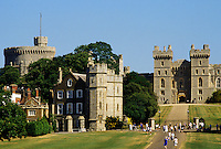 Windsor Castle, Berkshire, England. The castle was founded by William the Conqueror in 11th Century and was rebuilt under Henry II.  Since the Civil War it has been a royal residence.  View from the Long Walk..