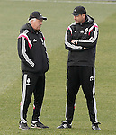 Real Madrid's coach Carlo Ancelotti (l) with his second Paul Clement during training session.January 30,2015.(ALTERPHOTOS/Acero)