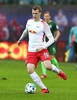 Lukas Klostermann <br /> / Sport / Football Football erste 1.Bundesliga / Saison 2017/2018 / 25.11.2017 / RB Leipzig RBL vs. SV Werder Bremen *** Local Caption *** © pixathlon +++ tel. +49 - (040) - 22 63 02 60 - mail: info@pixathlon.de