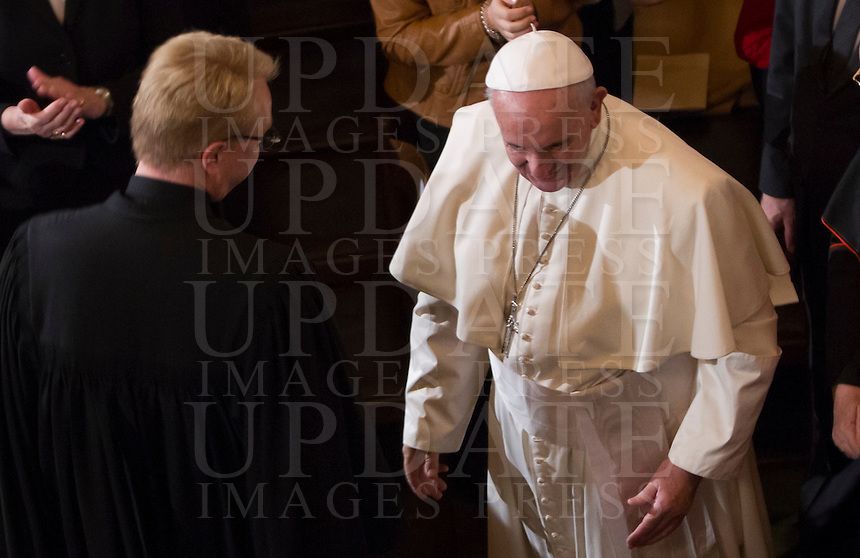 Papa Francesco, accolto dal pastore Jens-Martin Kruse, visita la Chiesa Evangelica Luterana di Roma, 15 novembre 2015.<br /> Pope Francis, welcomed by Rev. Jens-Martin Kruse, visits the Lutheran Evangelical Church in Rome, 15 November 2015.<br /> UPDATE IMAGES PRESS/Riccardo De Luca<br /> <br /> STRICTLY ONLY FOR EDITORIAL USE