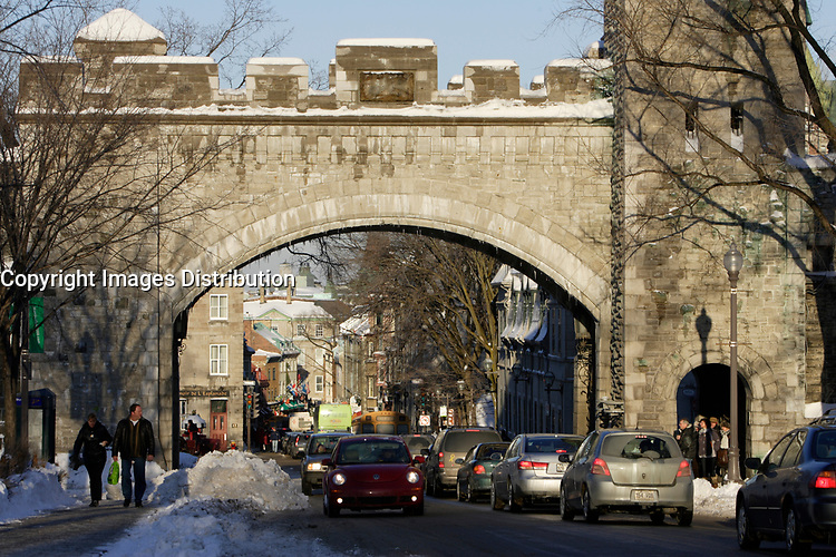 Quebec (Qc) CANADA - February 4, 2008 -<br /> The gated wall of old<br /> Quebec City on Grande-Allee street.<br /> <br /> <br /> Photo (c) Pierre Roussel -  Images Distribution