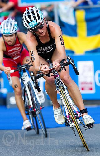 12 SEP 2010 - BUDAPEST, HUN - Nicky Samuels (NZL) - 2010 Elite Womens ITU World Championship Series Triathlon final .(PHOTO (C) NIGEL FARROW)