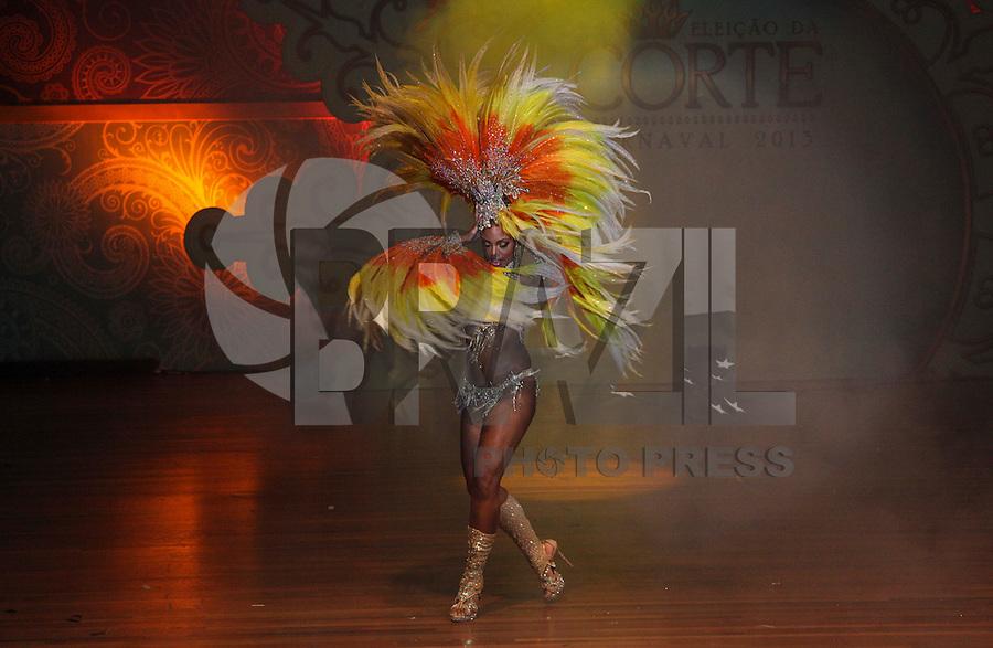 SAO PAULO, SP, 17 JANEIRO 2013 - CARNAVAL SP - CORTE -  A primeira princesa do Carnaval 2013, Kimberlyn Santos durante eleição da Corte do Carnaval Paulistano 2013, no Auditório Celso Furtado, no Palácio das Convenções do Anhembi, na Avenida Olavo Fontoura, em São Paulo (SP), nesta quinta-feira (17).(FOTO: VANESSA CARVALHO / BRAZIL PHOTO PRESS).