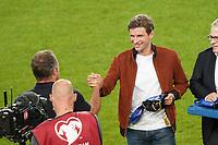 Bundestrainer Hansi Flick (Deutschland Germany) beglückwünscht Thomas Mueller (Deutschland Germany) für 100 Länderspiele  - Stuttgart 05.09.2021: Deutschland vs. Armenien, Mercedes-Benz Arena Stuttgart
