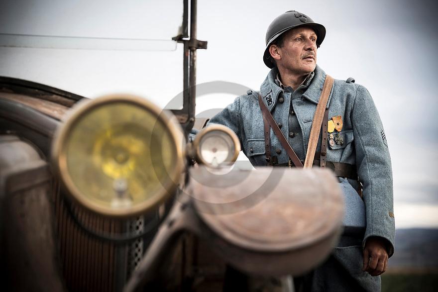 10/11/18 - ISSOIRE - PUY DE DOME - FRANCE - Un soldat poilu, reconstitution World War I - Photo Jerome CHABANNE