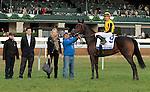 LEXINGTON, KY - OCTOBER 21: #9 Quidura (GB) and jockey Junior Alvarado in the winners circle after winning the 26th running of The Pin Oak Valley View Grade 3 $150,000 at Keeneland Race Course for owner Gestut Faerhof and trainer Graham Motion.  October 21, 2016, Lexington, Kentucky. (Photo by Candice Chavez/Eclipse Sportswire/Getty Images)