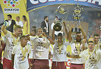 MEDELLÍN -COLOMBIA - 09-06-2018: Jugadores de Deportes Tolima celebran el título como campeones de la Liga Águila I 2018 después del encuentro de vuelta entre Atlético Nacional y Deportes Tolima por la final de la Liga Águila I 2018 jugado en el estadio Atanasio Girardot de la ciudad de Medellín. / Players of Deportes Tolima celebrate the tittle as champions of the Aguila League I 2018 after the second leg match between Atletico Nacional and Deportes Tolima for the final of the Aguila League I 2018 at Atanasio Girardot stadium in Medellin city. Photo: VizzorImage / Gabriel Aponte / Staff