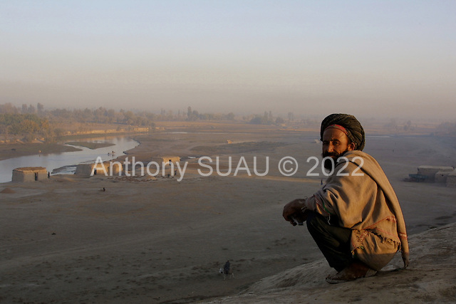 Northern Afghanistan<br /> October 2001<br /> <br /> Khosh Bakhaubin, Afghanastan at sunrise.