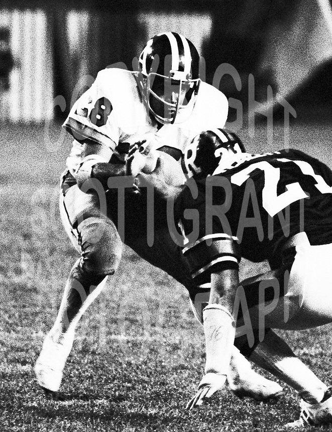 Anthony Davis Toronto Argonauts 1976. Photo F. Scott Grant