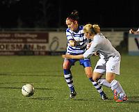 AA Gent dames - Club Brugge dames :<br /> Jana Coryn (R) probeert voorbij Elien Van Wynendaele (L) te geraken<br /> foto Dirk / Nikonpro.be