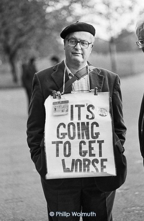 Bob Rogers: It's Going to Get Worse, Speakers' Corner, Hyde Park, London..