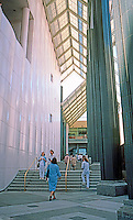 Los Angeles: County Museum of Art. Photo '87.