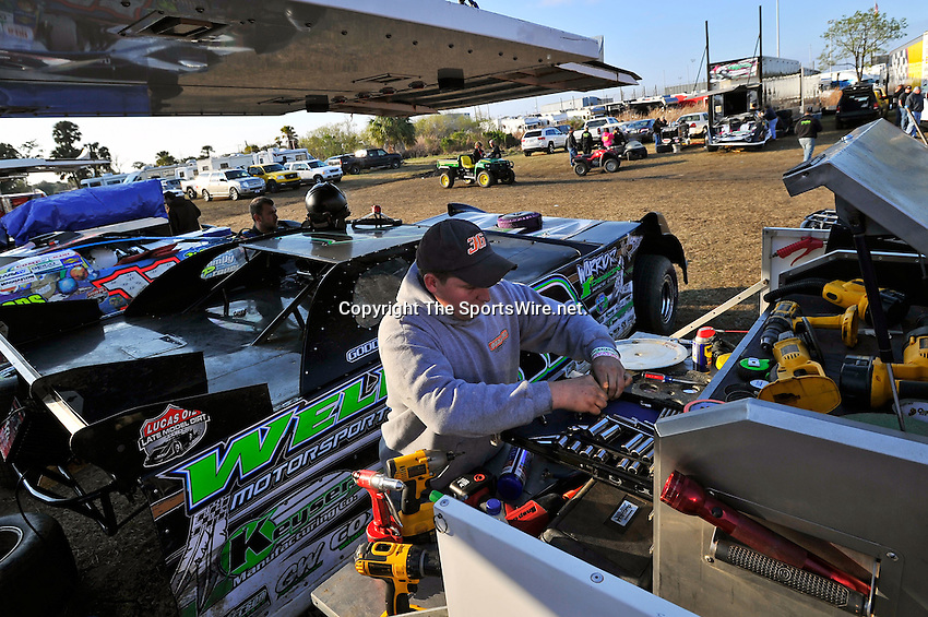 Feb 11, 2011; 4:54:02 PM; Gibsonton, FL., USA; The Lucas Oil Dirt Late Model Racing Series running The 35th annual Dart WinterNationals at East Bay Raceway Park.  Mandatory Credit: (thesportswire.net)