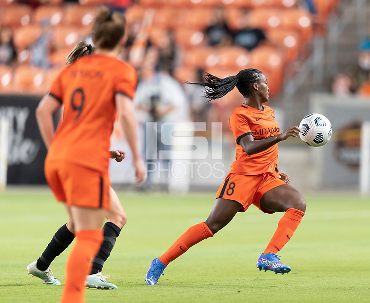 HOUSTON, TX - SEPTEMBER 10: Nichelle Prince #8 of the Houston Dash attempts to gain control of a loose ball during a game between Chicago Red Stars and Houston Dash at BBVA Stadium on September 10, 2021 in Houston, Texas.