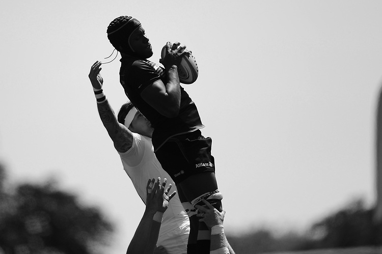 Maro Itoje of Saracens wins the lineout during the Aviva Premiership Rugby semi final match between Saracens and Wasps at Allianz Park on Saturday 19th May 2018 (Photo by Rob Munro/Stewart Communications)