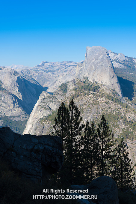 Half Dome peak rom Glacier Point, Yosemite National Park, California