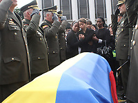 BOGOTÁ - COLOMBIA, 28-01-2019:Con la presencia del señor general director de la Policia Nacional de Colombia Óscar Atehortúa Duque se llevaron acabo las exequias del cadete Andrés Felipe Carvajal <br />