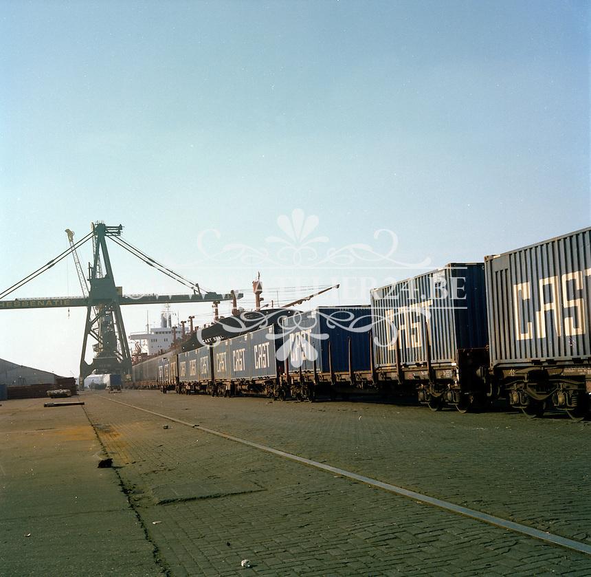 Maart 1978. Hessenatie in de haven van Antwerpen.
