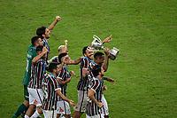 Rio de Janeiro (RJ), 08/07/2020 - Fluminense-Flamengo - Jogadores do Fluminense comemoram o titulo após a partida contra Flamengo, válida pela final Taça Rio do Campeonato Carioca 2020, no Estádio Jornalista Mário Filho (Maracanã), na zona norte do Rio de Janeiro, nesta quarta-feira (08).