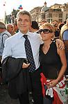 NIKI VENDOLA<br /> MANIFESTAZIONE PER LA LIBERTA' DI STAMPA PROMOSSA DAL FNSI<br /> PIAZZA DEL POPOLO ROMA 2009