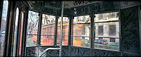 Milano, tram interno / esterno --- Milan, tram interior /exterior