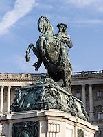 Denkmal Prinz Eugen vor der Nationalbibliothek in  Neue Hofburg, Wien, Österreich, UNESCO-Weltkulturerbe<br /> Monument Prince Eugen at National Library in Neue Hofburg, Vienna, Austria, world heritage