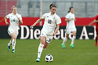 Melanie Leupolz      <br /> /   World Championships Qualifiers women women /  2017/2018 / 07.04.2018 / DFB National Team / GER Germany vs. Czech Republic CZE 180407059 / <br />  *** Local Caption *** © pixathlon<br /> Contact: +49-40-22 63 02 60 , info@pixathlon.de