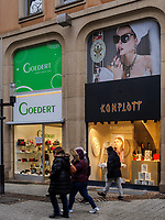 Mode-Geschäft auf der Grand Rue, Luxemburg-City, Luxemburg, Europa<br /> Fashion shop at Grand Rue, Luxembourg City, Europe