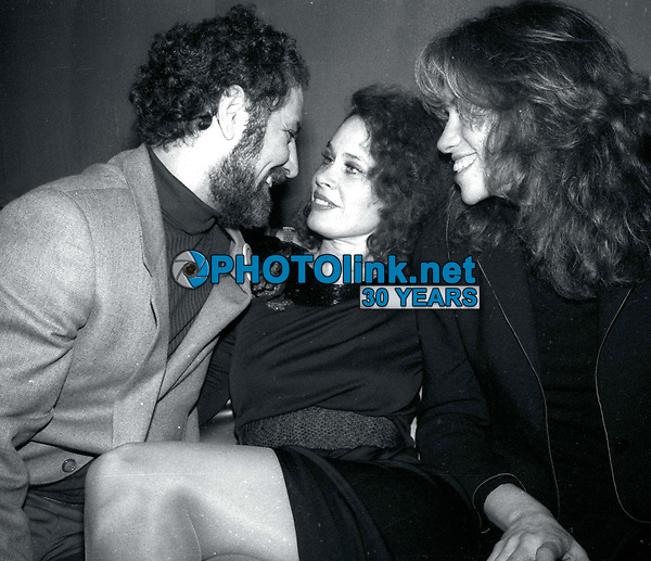 1978 FILE PHOTO<br /> New York, NY<br /> Abby Hoffman Karen Black Carly Simon<br /> at Studio 54<br /> Photo by Adam Scull-PHOTOlink.net