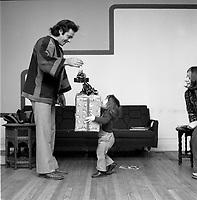 Photos illustrant Noel , vers 1970, date inconnue<br /> <br /> Photo : Agence Quebec Presse  - Alain Renaud