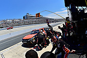 NASCAR XFINITY Series<br /> One Main Financial 200<br /> Dover International Speedway, Dover, DE USA<br /> Saturday 3 June 2017<br /> Matt Tifft, Tunity Toyota Camry, makes a pit stop.<br /> World Copyright: John K Harrelson<br /> LAT Images<br /> ref: Digital Image 17DOV1jh_04829