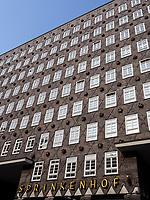 Sprinkenhof im Kontorhausviertel, erbaut von Hans und Oskar Gerson und Fritz Höger, Hamburg, Deutschland, Europa, UNESCO-Weltkulturerbe<br /> Sprinkenhof  building in Kontorhaus quarter  built by  Hans + Oskar Gerson + Fritz Höger,  Hamburg, Germany, Europe, UNESCO world heritage