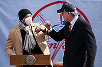 NEW YORK, NEW YORK - FEBRUARY 4:  New York City mayor Bill de Blasio and Mariano Rivera, former pitcher of the New York Yankees during a press conference about COVID-19 vaccination hub at Yankee Stadium on February 5, 2021 in New York City. Yankees legend Mariano Rivera visit the Yankee Stadium on Friday as it was transformed into a COVID-19 vaccination mega-facility for resident of the zone. (Photo by Eduardo MunozAlvarez/VIEWpress)