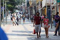 Campinas - SP, 16/03/2021 - Movimentação / Fase Emergencial SP - Movimentação tranqüila no centro de Campinas, interior de São Paulo, na tarde desta terça-feira. Todo o estado está na Fase Emergencial decretada pelo Governo do estado, com validade até 30/03/2021. Apenas serviços essenciais podem funcionar. Bares e restaurantes só podem atender por delivery ou drive thru. O prefeito Dário Saadi se reuniu com outros prefeitos e estuda um possível lockdown, caso a situação do sistema de saúde não melhore.