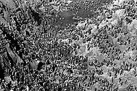 Garimpo de Serra Pelada.<br /> Marabá, Pará, Brasil.<br /> Foto Lúcio Flávio Pinto.<br /> 1982
