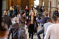 TOURNAGE DANS LE PALAIS DE JUSTICE DE LA SERIE 'LEBOWITZ CONTRE LEBOWITZ' AVEC CLEMENTINE CELARIE ET CAROLINE ANGLADE . LA SERIE EST DIFFUSÉ SUR FRANCE 2