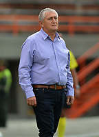 ENVIGADO- COLOMBIA, 21-04-2019.Eduardo Lara director técnico  del Envigado ante el  Unión Magdalena durante partido por la fecha 17 de la Liga Águila I 2019 jugado en el estadio Polideportivo Sur de la ciudad de Medellín. /Eduardo Lara coach of Envigado during match Union Magdalena match for the date 17 of the Liga Aguila I 2019 played at Polideportivo Sur stadium in Medellin  city. Photo: VizzorImage / Leon Monsalve/ Contribuidor