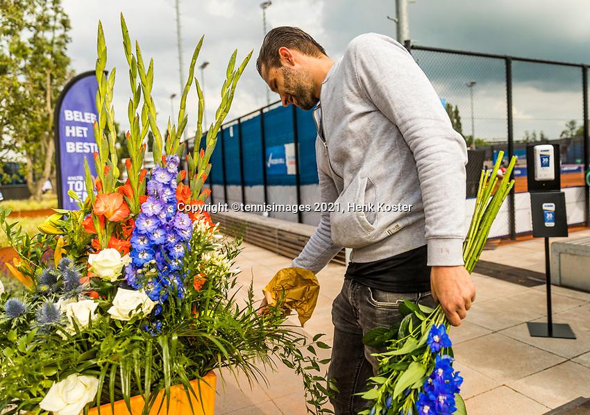 Amstelveen, Netherlands, 7 Juli, 2021, National Tennis Center, NTC, Amstelveen Womans Open, Flower arrangement.<br /> Photo: Henk Koster/tennisimages.com