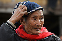 LAOS, province Oudomxay , village Houyta, ethnic group Khmu, old man / LAOS Provinz Oudomxay Dorf Houyta , Ethnie Khmu , alter mann