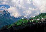 Italy, Venetien, mountain villagae Colle Santa Lucia