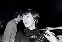 Mireille Mathieu<br /> , Entre le 9 et le 15 mars 1970<br /> <br /> Photographe : Photo Moderne<br /> - Agence Quebec Presse